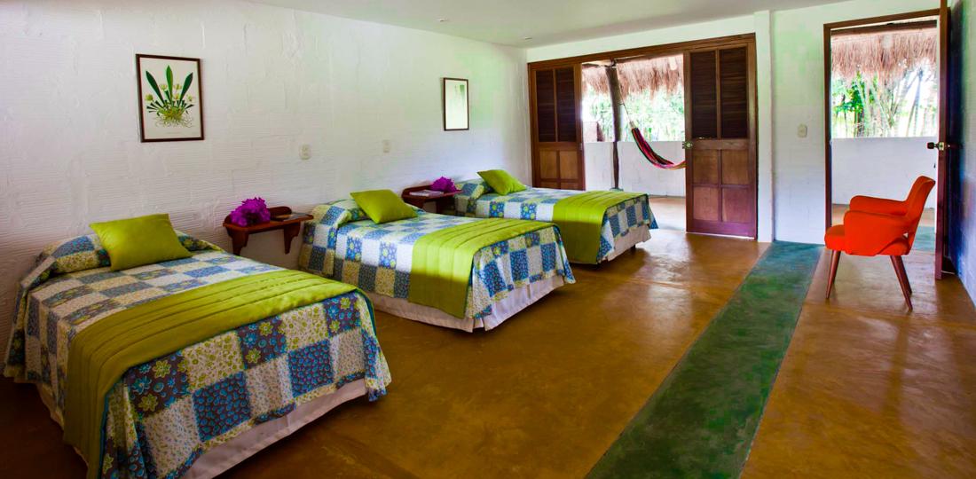 Habitacion con cama sencillas